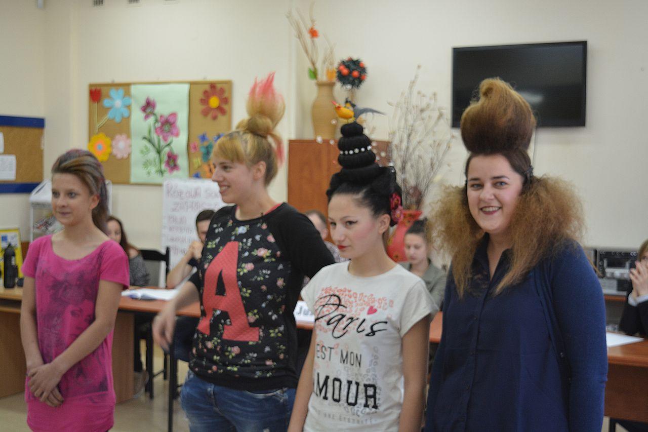 Konkurs na odlotową fryzurę